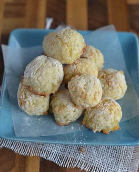 Shuku shuku(Coconut balls)