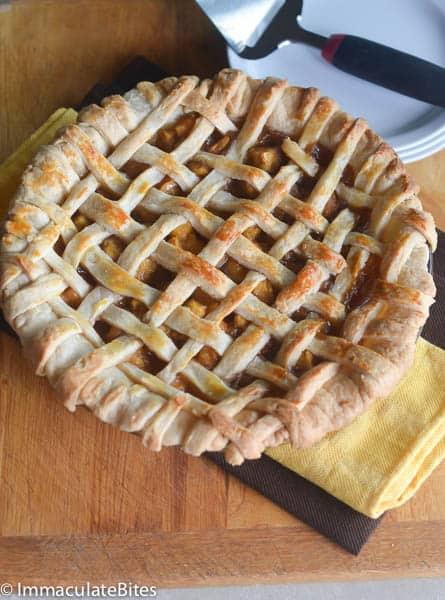 Pineapple-Apple Pie