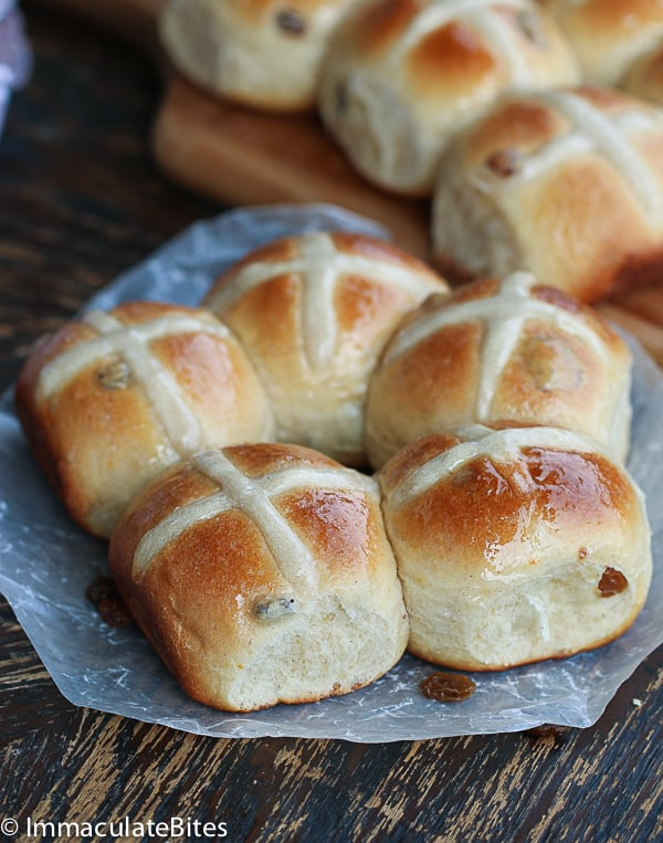 Light Hot Cross Buns