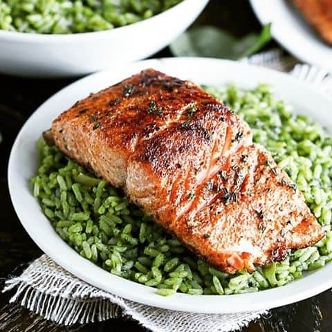 Quick and healthy salmon in less than 20minutes paleohealthyeatingideashealthyfooddietcaribbeanrecipesafricanrecipesfoodgawkerfoodblogger Onhellip