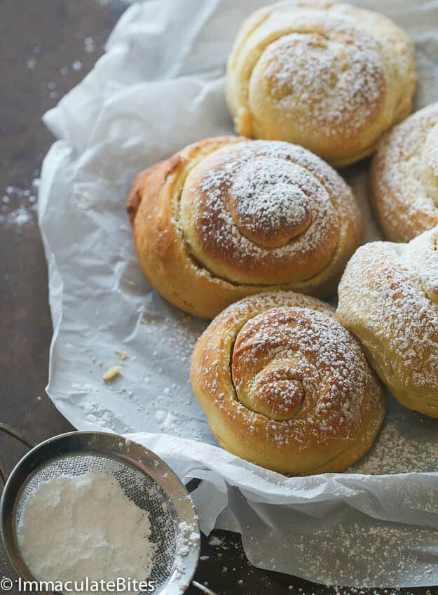 Mallorca Bread: Soft Puerto Rican Sweet Bread Rolls | The Noshery