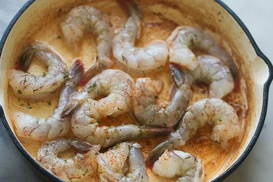 Creamy Cajun Shrimp and Grits