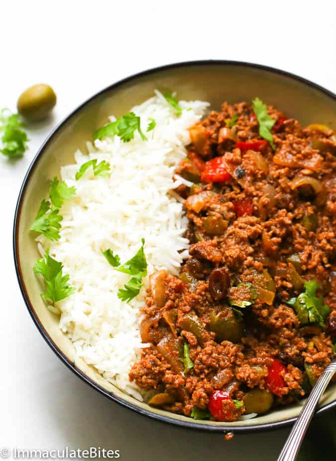 Picadillo recipe immaculate bites for this recipe i am adapting the puerto rican version of picadillo which features olives which i have included here and raisins for that extra hint of forumfinder Images
