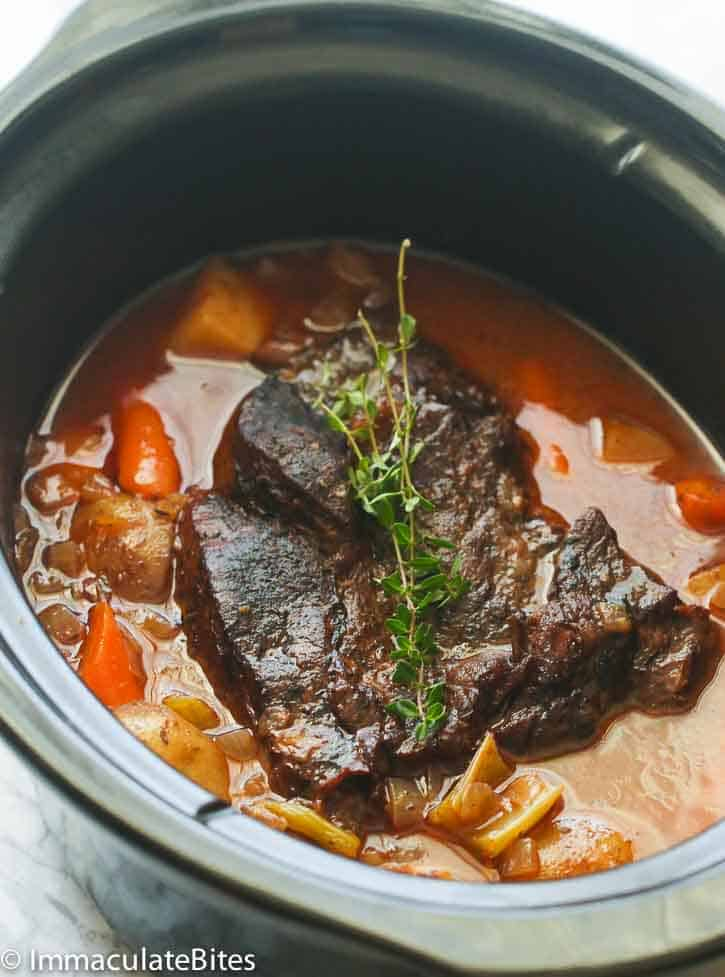 How long to cook roast beef in crock pot on low