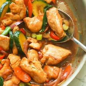 Stir Fry Chicken and Vegetables in a pan.
