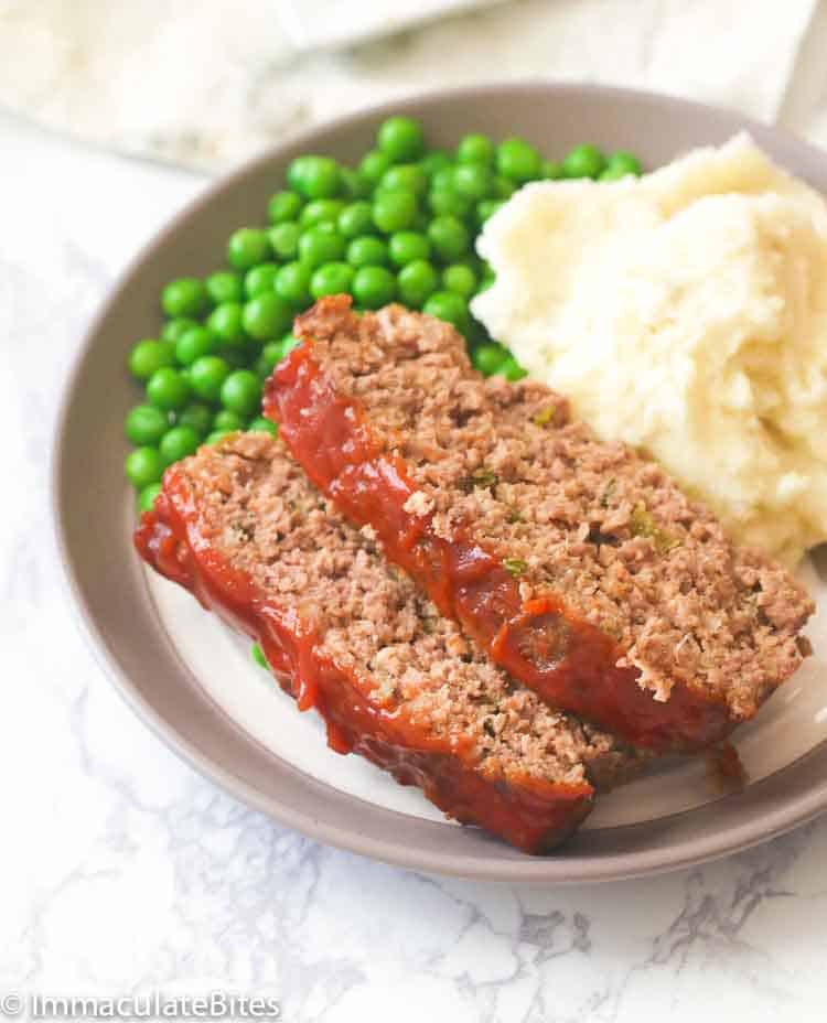 Easy Meatloaf with Mashed Potatoes and Peas