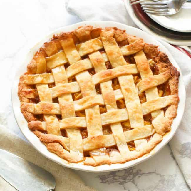 Freshly baked pineapple pie