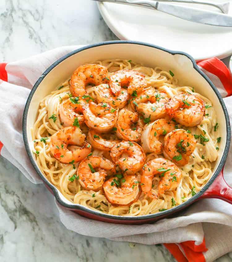 Shrimp Alfredo in a pan