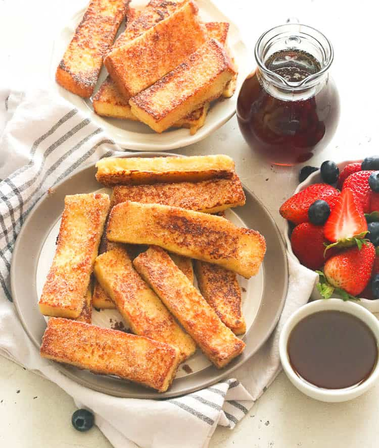 Cinnamon French Toast Sticks with Berries and Syrup