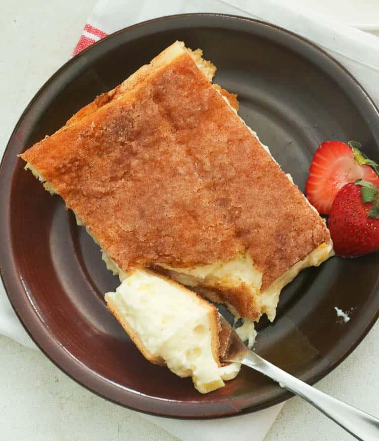 sopapilla cheesecake bar on a plate